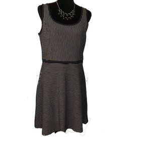 Tommy Hilfiger Dress- Navy and White- Like NEW !!!